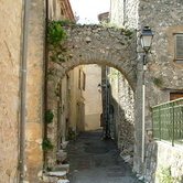 Mons village